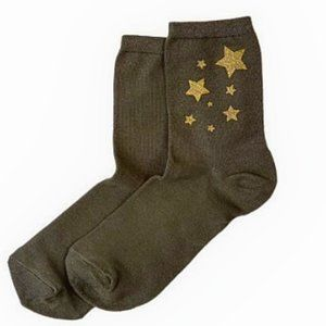 NWT Hue Lot of 2 Metallic Star Shortie Socks Green